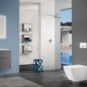 Modernes Badezimmer blau-grau
